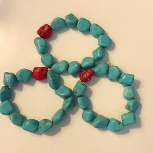 "EUC red skull 💀 & ""turquoise"" beaded bracelet"